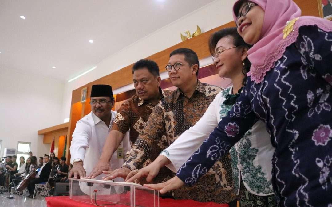 Menteri Agama Resmikan Status IAKN Manado