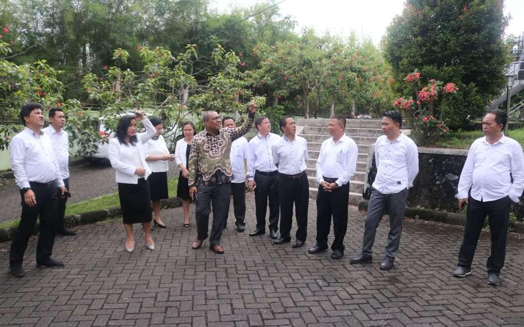Plt. Irjen Kemenag RI Lakukan Inspeksi Mendadak di IAKN Manado