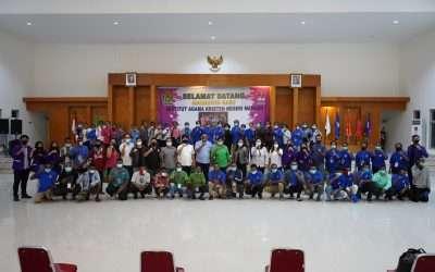 Mahasiswa Program Kita Cinta Papua (KCP) disambut dan didoakan untuk perkuliahan di daerah Nyiur Melambai.
