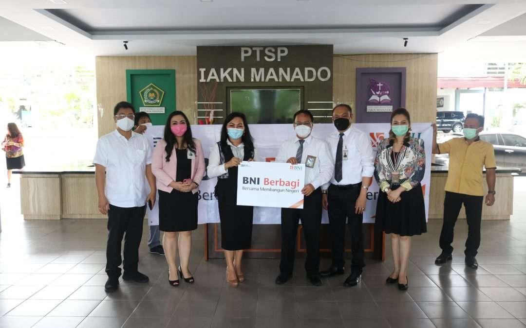 BNI Realisasikan Program Berbagi Bersama Membangun Negeri di IAKN Manado